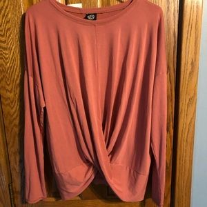 NWT knot front pink shirt